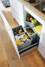 Ein Durchdachtes Abfallsystem Sorgt Für Mehr Ordnung Und Leichteres  Arbeiten In Der Küche. Mehr Infos