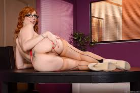 Lauren Phillips Is The New Secretary Who Luvs To Strip Nude In.