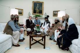 reagan oval office. Ronald Reagan Meeting With The Afghan Mujahideen Leaders. Oval Office, February 1983. Office A
