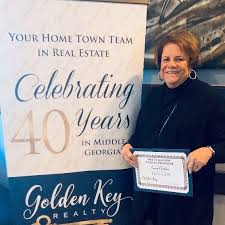 Warner Robins Realtor Tracey Chastain of Golden Key Realty - Home ...