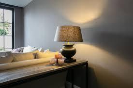 Tafellamp Een Schuin Plafond Inrichten Doe Je Zo Lichtere