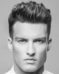 Pensando em corte de cabelo masculino, talvez você pense em penteados com fios mais longos, mas a verdade é que a maior parte dos homens prefere corte mais curto. Guia Corte De Cabelo Masculino Para Cada Tipo De Rosto