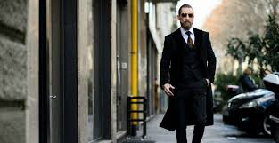 How to Wear a Coat over a Suit   The Idle Man & over coat over a suit men Adamdwight.com