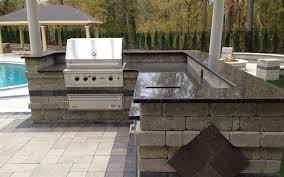 Outdoor Kitchen ...