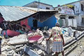 Powerful quake kills hundreds in Haiti ...
