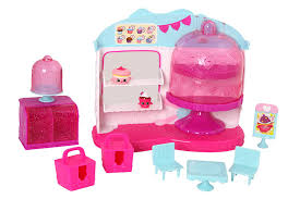 Shopkins Cupcake Queen Cafe Playset Amazoncouk Toys Games