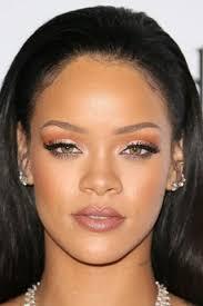 natural makeup ideas rihanna