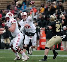 Badgers Football An Early Projection Of Wisconsins 2017