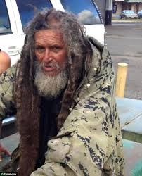 homeless man ile ilgili görsel sonucu