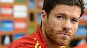 El Real Madrid cree que Xabi Alonso no renovará su contrato... ¡por culpa de su mujer! - el-futbolista-xabi-alonso