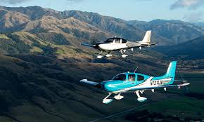 Aircraft Exterior Lighting System Cirrus Aircraft Launches The 2020 Sr Series Powered By An
