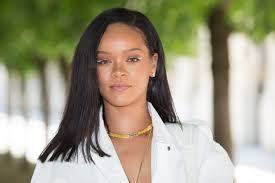 Rihanna On If Shed Work With Ex Boyfriend Drake Her R9 Album And