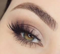 a natural looking false lash look to recreate yourself or ask your wedding day makeup artist