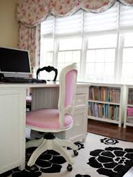 pink black white office black. Black And White Floral Rug With Pink Office Chair 0