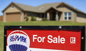 Make A For Sale Sign Flipping Houses Is A Tough Way To Make Money