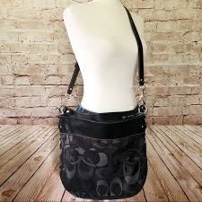 Coach large signature crossbody bag purse