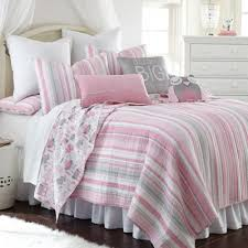 Buy Pink Twin Quilts from Bed Bath & Beyond & Levtex Home Gillian Owl Reversible Twin Quilt Set in Pink/Grey Adamdwight.com