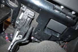 driver side fuse box how to open 6speedonline porsche forum attached images