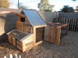 I could change this up a bit for a pallet dog house and could use the