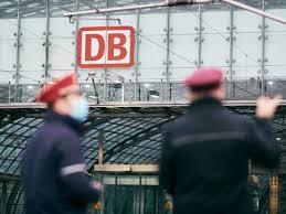 Jun 08, 2021 · nach den gescheiterten tarifverhandlungen mit der deutschen bahn hat die lokführergewerkschaft gdl arbeitsniederlegungen angekündigt. Bahnstreik Was Nun Alle Infos Die Du Jetzt Brauchst