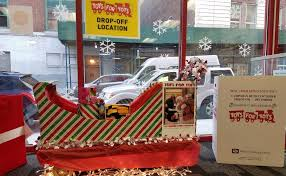 toys for tots collection at cubesmart self storage of manhattan