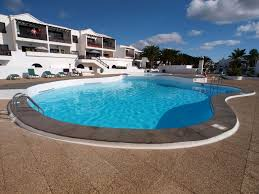 A 2 Bedroom Apartment Moments From The Puerto Del Carmen Beach