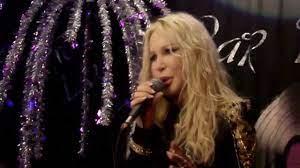 Ivana Spagna live Bar Maggiore Verbania Gente come noi 6 12 2013 - YouTube