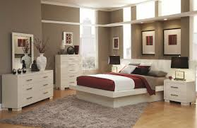 Brown And White Bedroom Ideas - Home Design Ideas