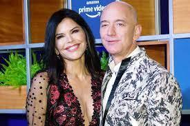 Jeff Bezos Hugs Lauren Sanchez After ...
