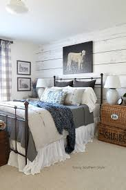 savvy southern style farmhouse style winter guest bedroom and