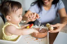 Hướng Dẫn Cách Cho Bé Ăn Dặm Lần Đầu Tiên & 30 Thực Đơn Cho Bé Ăn Dặm