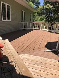Sherwin Williams Pine Cone Solid Superdeck With Navajo White