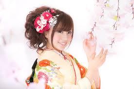 成人式のミディアム髪型編みこみ顔型タイプ別特選アレンジ集