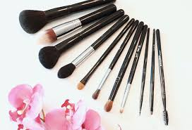 10 makeup brushes you should have fashion and beauty lifestyle features the philippine star philstar good
