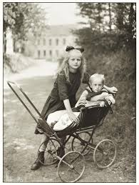 Brother and Sister', August Sander, c.1922, printed 1990 | Tate
