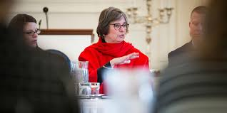 first lady frances wolf hosts roundtable on equal pay encourages continued action to end gender pay gap in pennsylvania