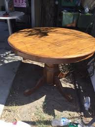 round dining table for in los angeles ca
