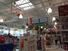 Lights R Us Toys R Us Interior Toys R Us 8369 30 000 Square Feet 12