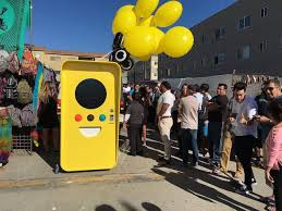 Snapchat Glasses Vending Machine Awesome Pictures Snapchat Spectacles Vending Machines HUMAN ANATOMY CHART