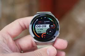 Huawei Watch GT 2e review: One watch to ...