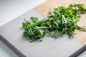 How to Chiffonade Basil and Other Herbs and Lettuces — The Mom 100