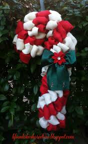102 Best Christmas Candy Cane Wreaths And Decorations Images On Candy Cane Wreath Christmas Craft
