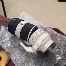 sony 70 200 f4. has anyone else ever seen this lens splt like this? sony 70 200 f4 m
