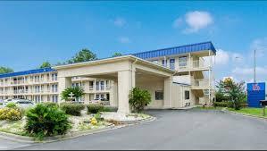 motel6 savannah airport pooler exterior image