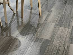 tile floor that looks like wood as the best decision for your place