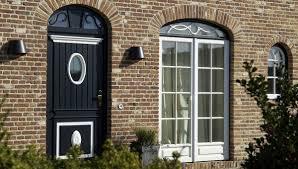 Fenster Und Türen Bieten Schutz Das Eigene Haus