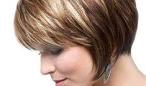 Poslední Krátké Vrstvené účesy Pro Husté Vlasy