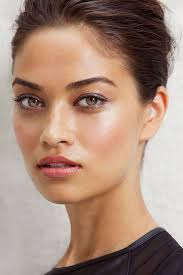 i love the defined but natural brows and subtle eyeshadow also digging the dewy highlighting