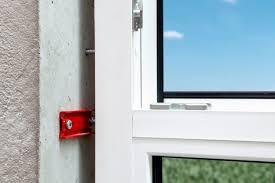 Absturzsichernde Fensterbefestigung Würth