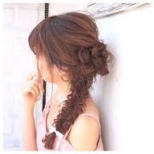 結婚式向け髪型ロングを上品可愛いお呼ばれスタイルに Hair